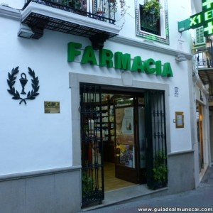 Farmacia calle Baja del Mar Almuñécar Costa Tropical Granada