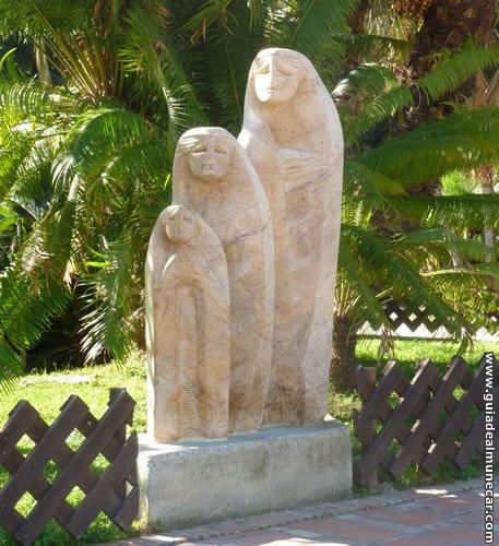 Una de las esculturas en el Parque del Majuelo