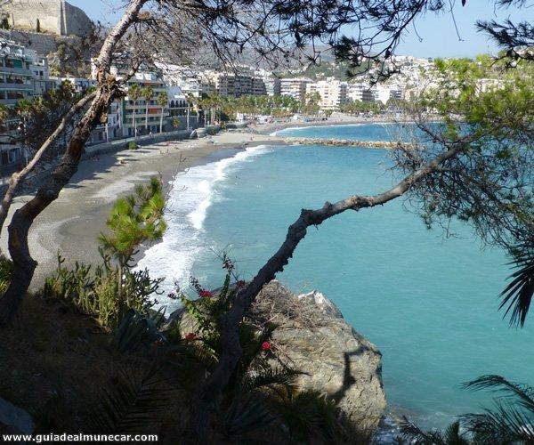 Playas La Caletilla y Puerta del Mar, vistas desde el Peñón del Santo