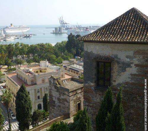 Alcazaba de Málaga, historia y excelentes vistas panorámicas.
