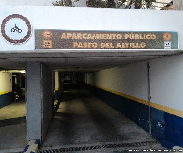 Parking subterráneo con sistema automático 24 Hs. en Paseo del Altillo, Almuñécar.