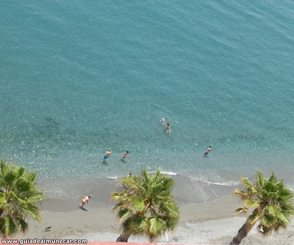 Playa céntrica desde el Castillo de San Miguel, Almuñécar.