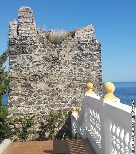 Torre del Granizo Playa Velilla Almuñécar
